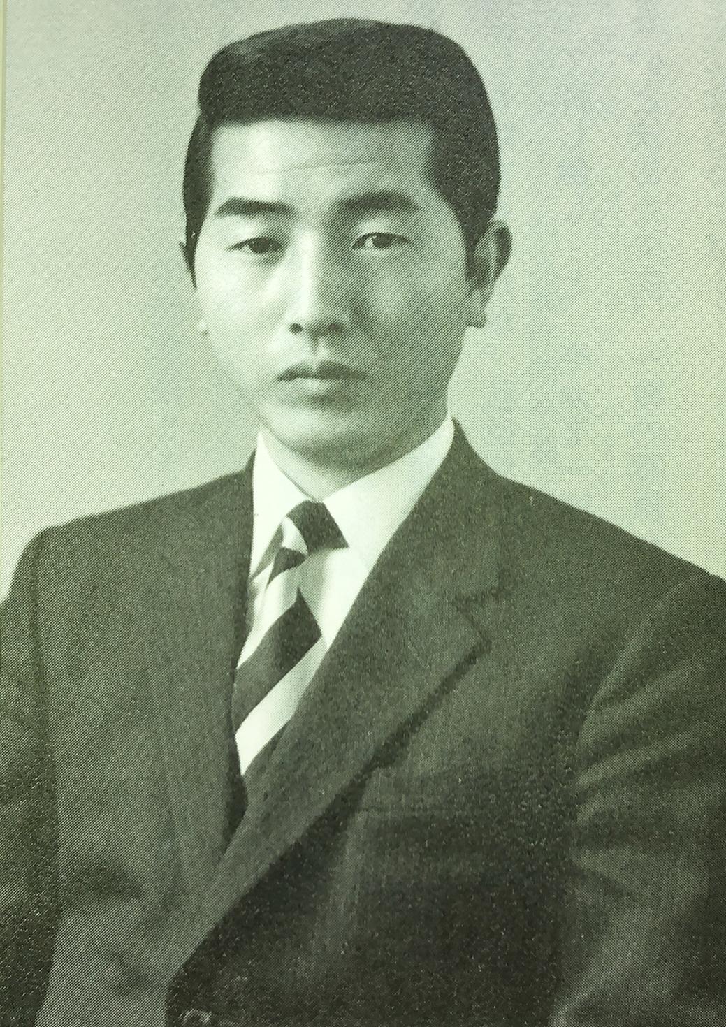 社会調査研究上に入社し、社会人となった頃の嶋崎氏