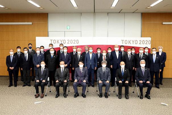 「東京2020大会警備決起集会」に参加した警備JVと組織委員会のメンバー